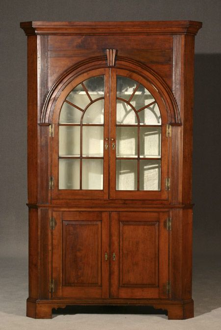 Chippendale Cherry Two-Part Corner Cupboard Pennsylvania, Circa 1790 Fine  Furniture & Decorations - - Chippendale Cherry Two-Part Corner Cupboard Pennsylvania, Circa