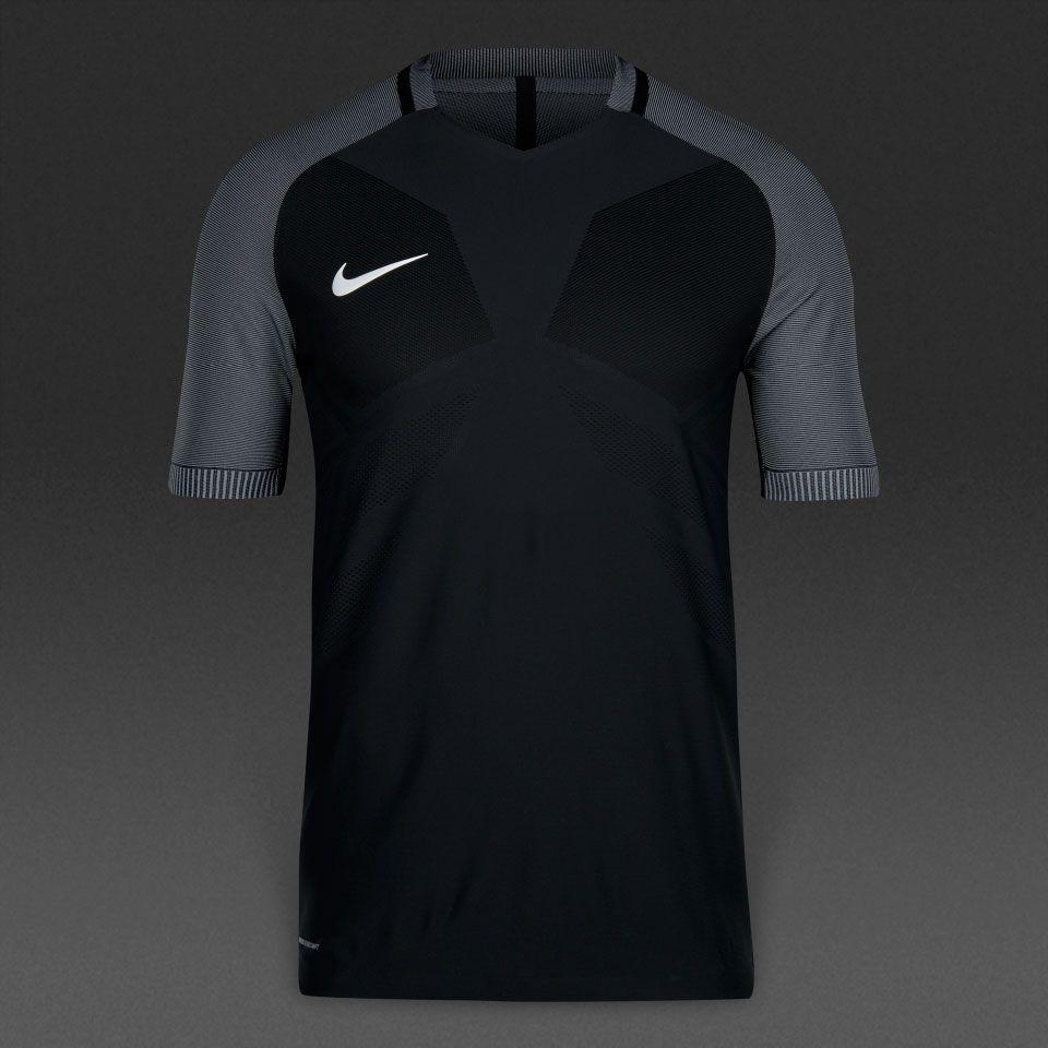 Camiseta Nike Strike Aeroswift-Negro/Blanco   camisetas Nike, Nike y ...
