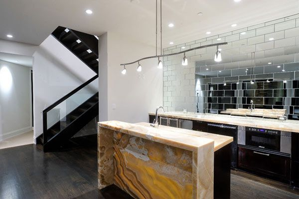 Creating Fascinating Interior Spaces With Wall Mirrors