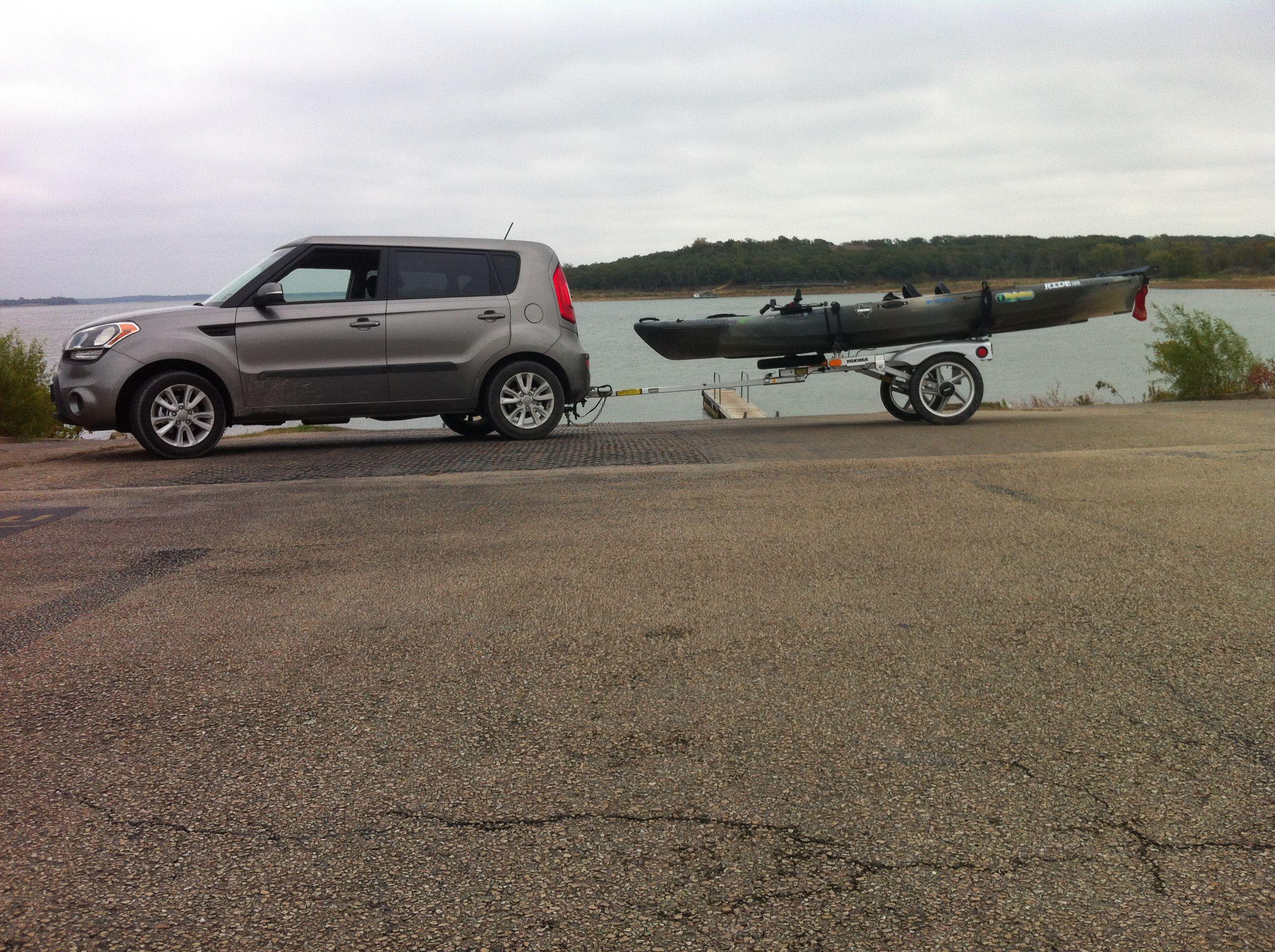 Great 2013 Kia Soul With A Yakima Rack N Roll Trailer. U003d 30+ MPG Pulling Two  Kayaks!