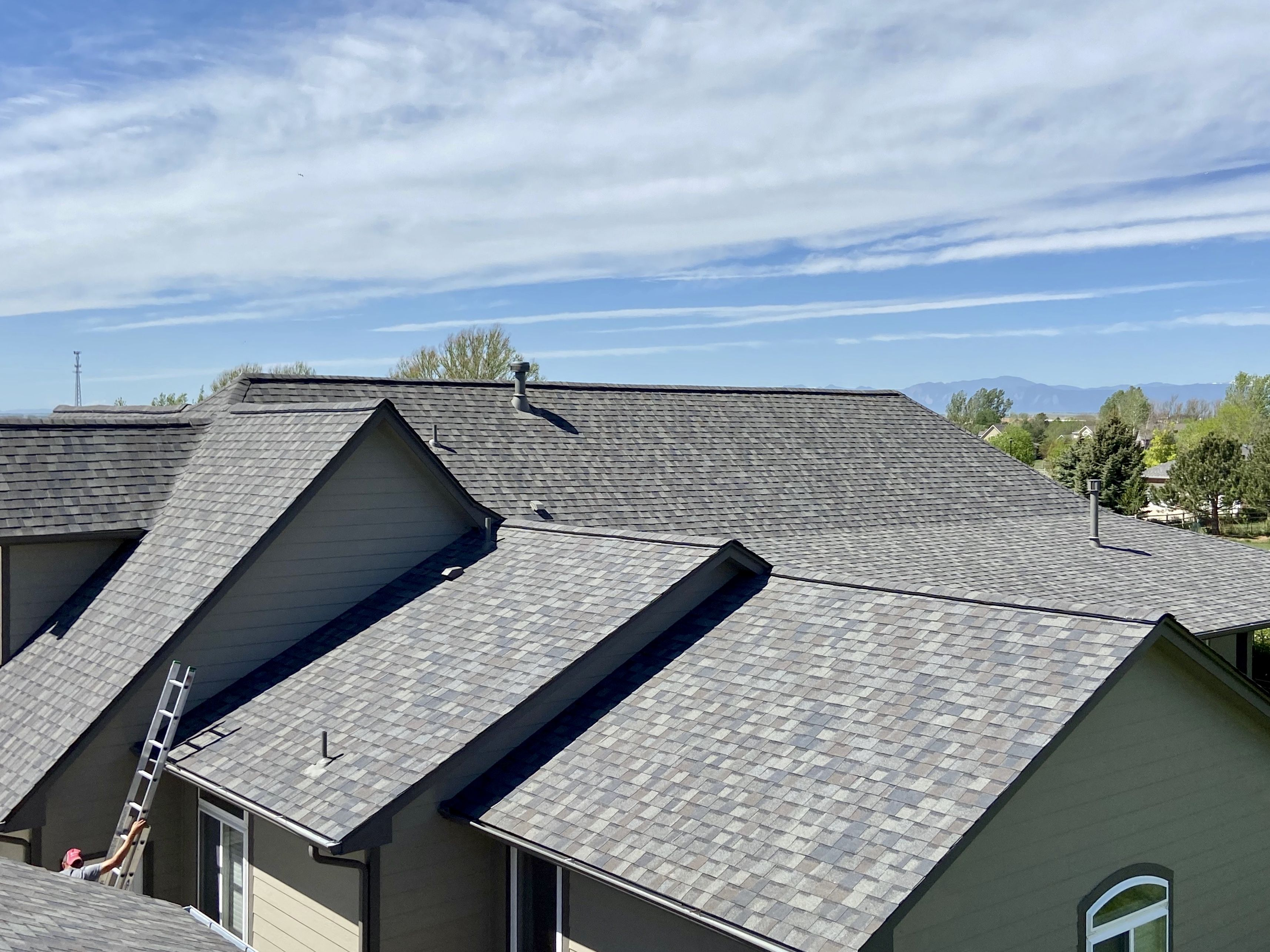 Certainteed Northgate Driftwood In 2020 Residential Roofing Driftwood Shingles Roof Shingles