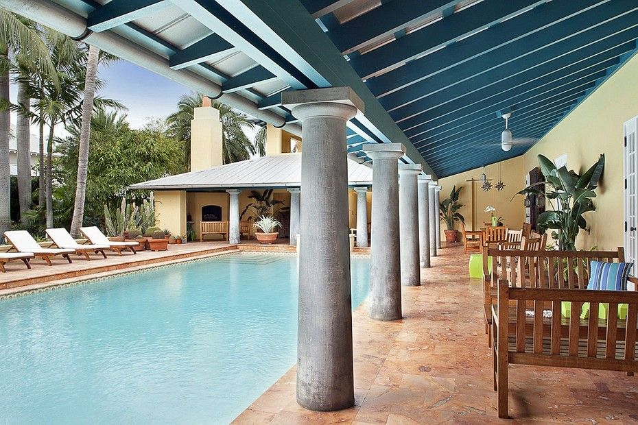 Florida Home With Pool And Covered Patio Discovered On Www Porch