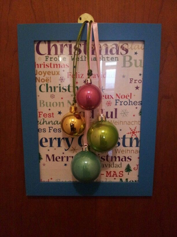 Christmas door decoration with picture frame.