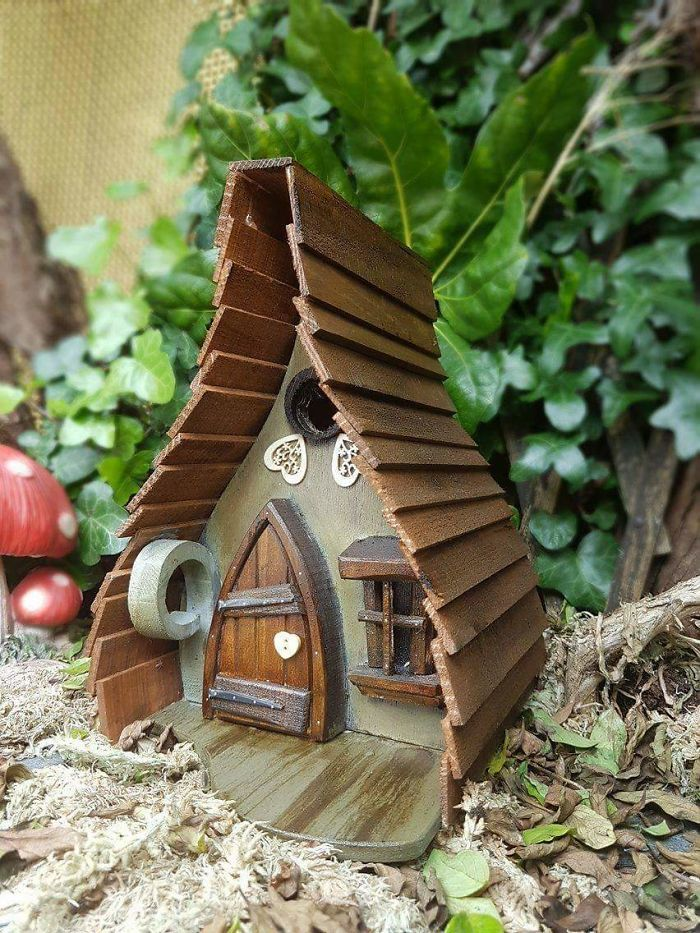 I Build Fairytale Like Birdhouses For The Tiny Creatures That Live In Your Garden Unique Bird Houses Bird Houses Fairy House Diy