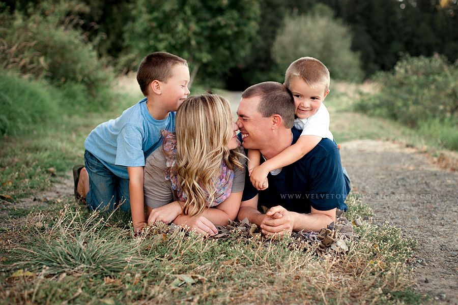 Crickets Are Singing And The Lightning Bugs are Floating On The Breeze :: {Washington Lifestyle Family Photographer}