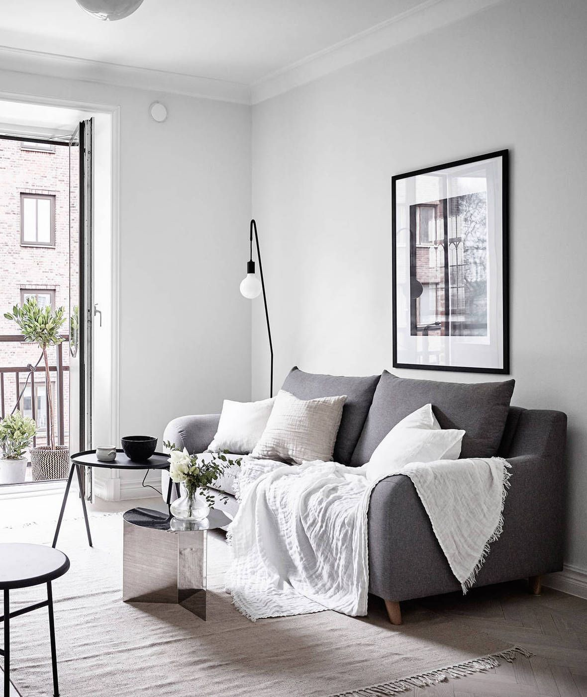 Scandinavian Interior Apartment With Mix Of Gray Tones: 30+ Minimalist Living Room Ideas & Inspiration To Make The