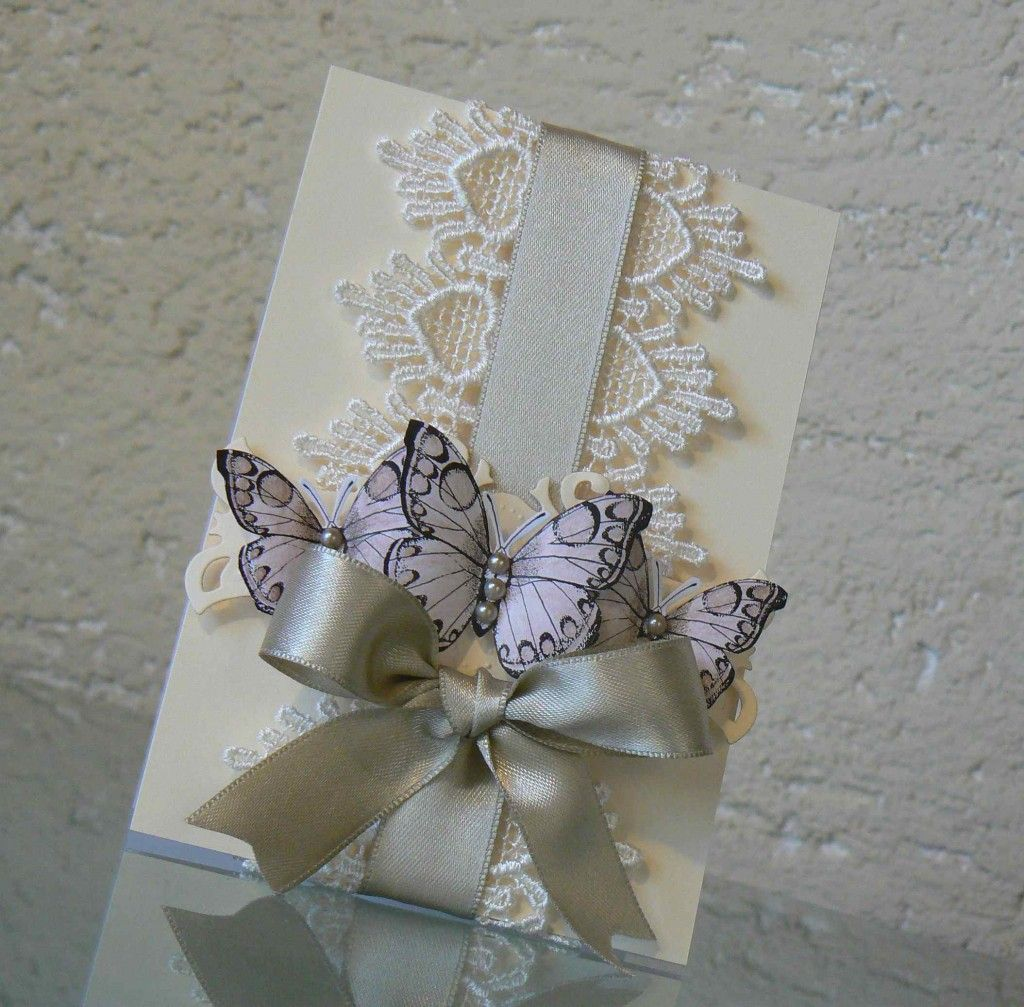 Wedding Gift Wrap Etiquette: Fancy Filigree Cards