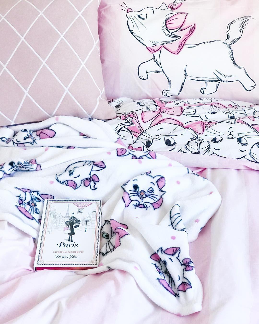 Disney Plaque en forme de c/œur A little princess sleeps here Cadeau pour b/éb/é fille