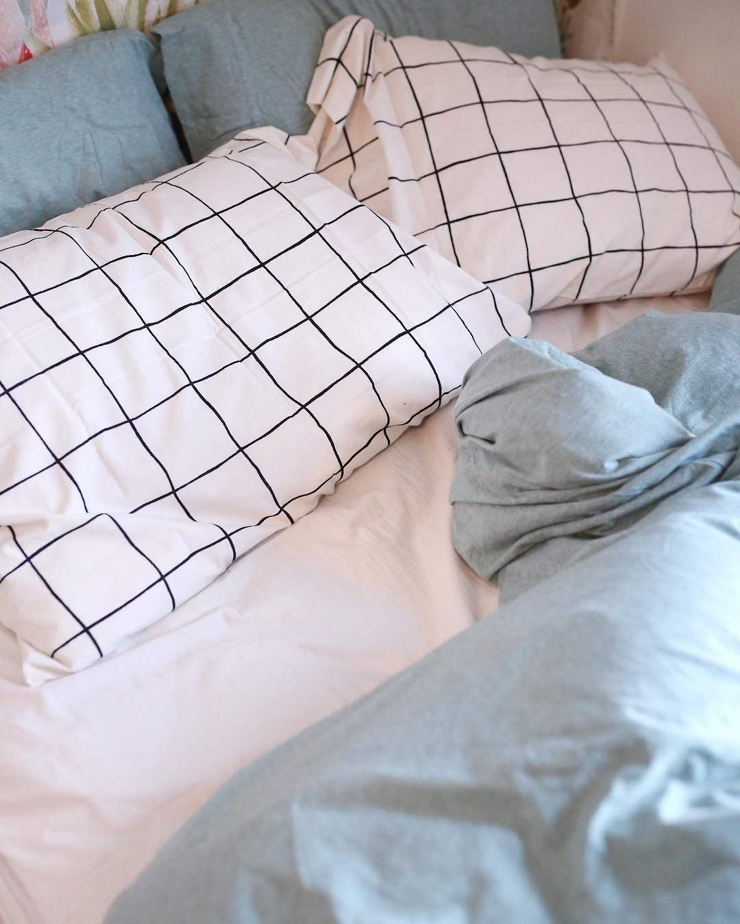 urban outfitters nyc uonewyork instagram photos and videos bedroom pinterest zuhause. Black Bedroom Furniture Sets. Home Design Ideas