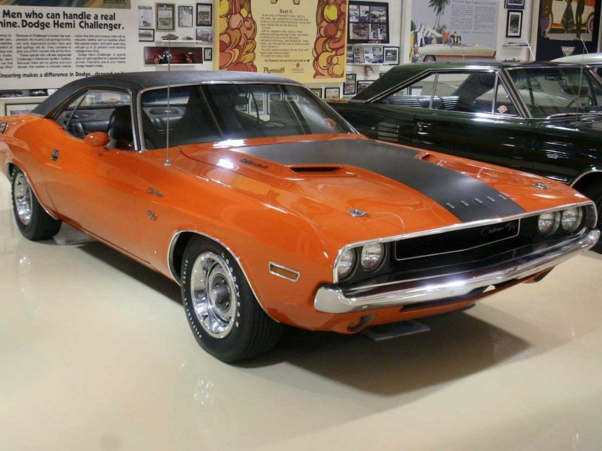 The 25 Coolest Cars In Jay Leno S Garage Muscle Cars Classic Cars Dodge Challenger