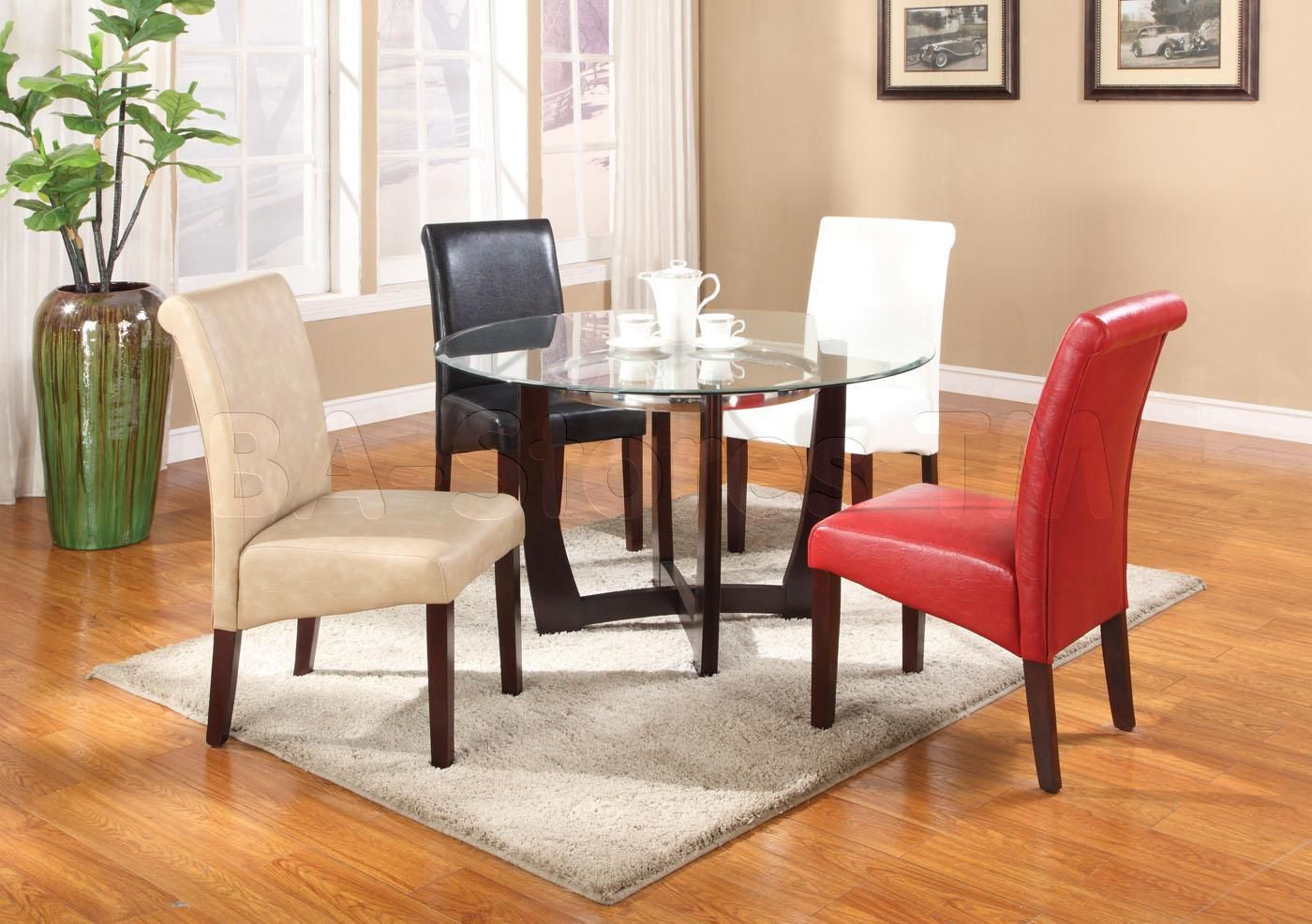 looooove u003c3 baldwin round dining set with colorful chairs table rh pinterest es