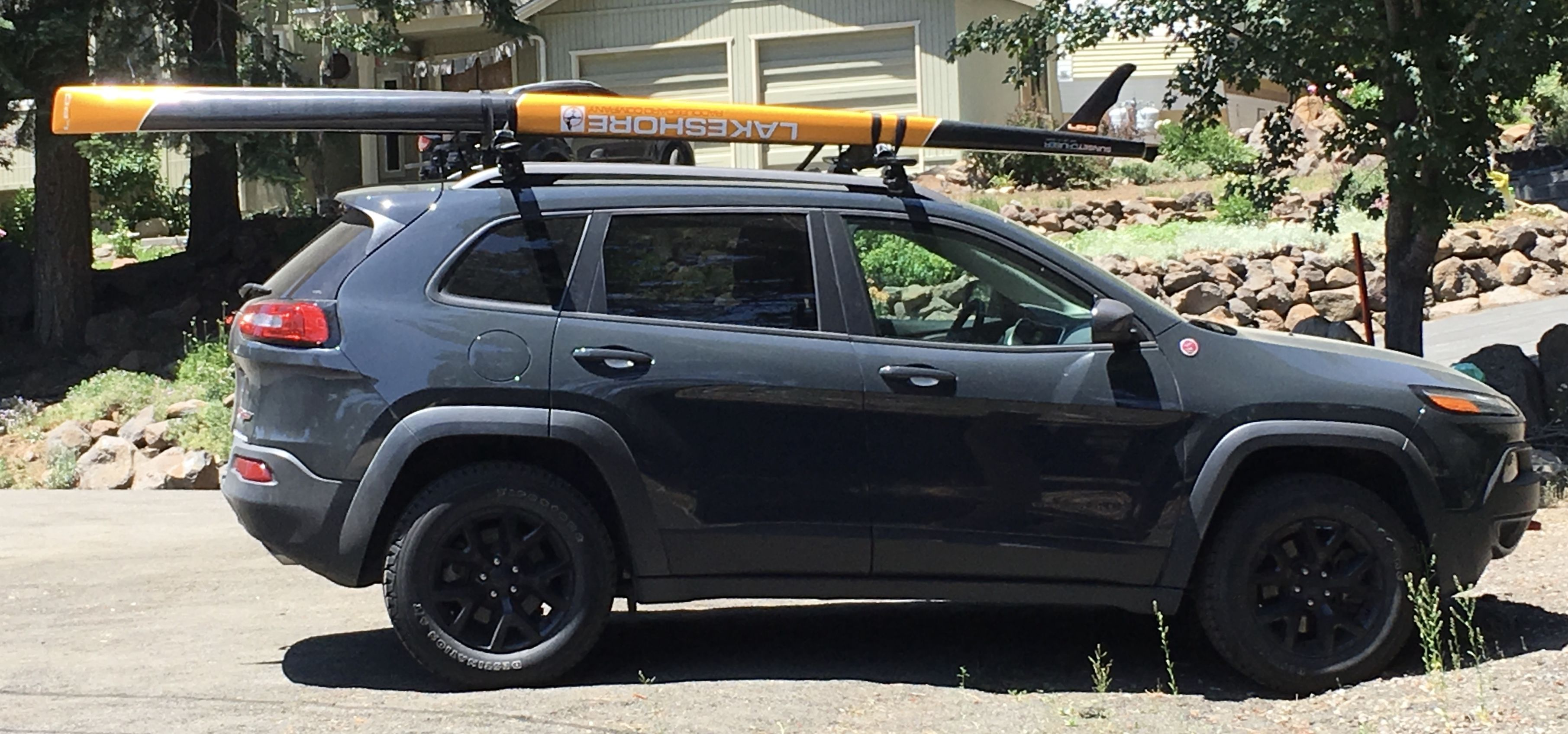 2017 Jeep Cherokee Trailhawk With Paddle Board Roof Rack Jeep
