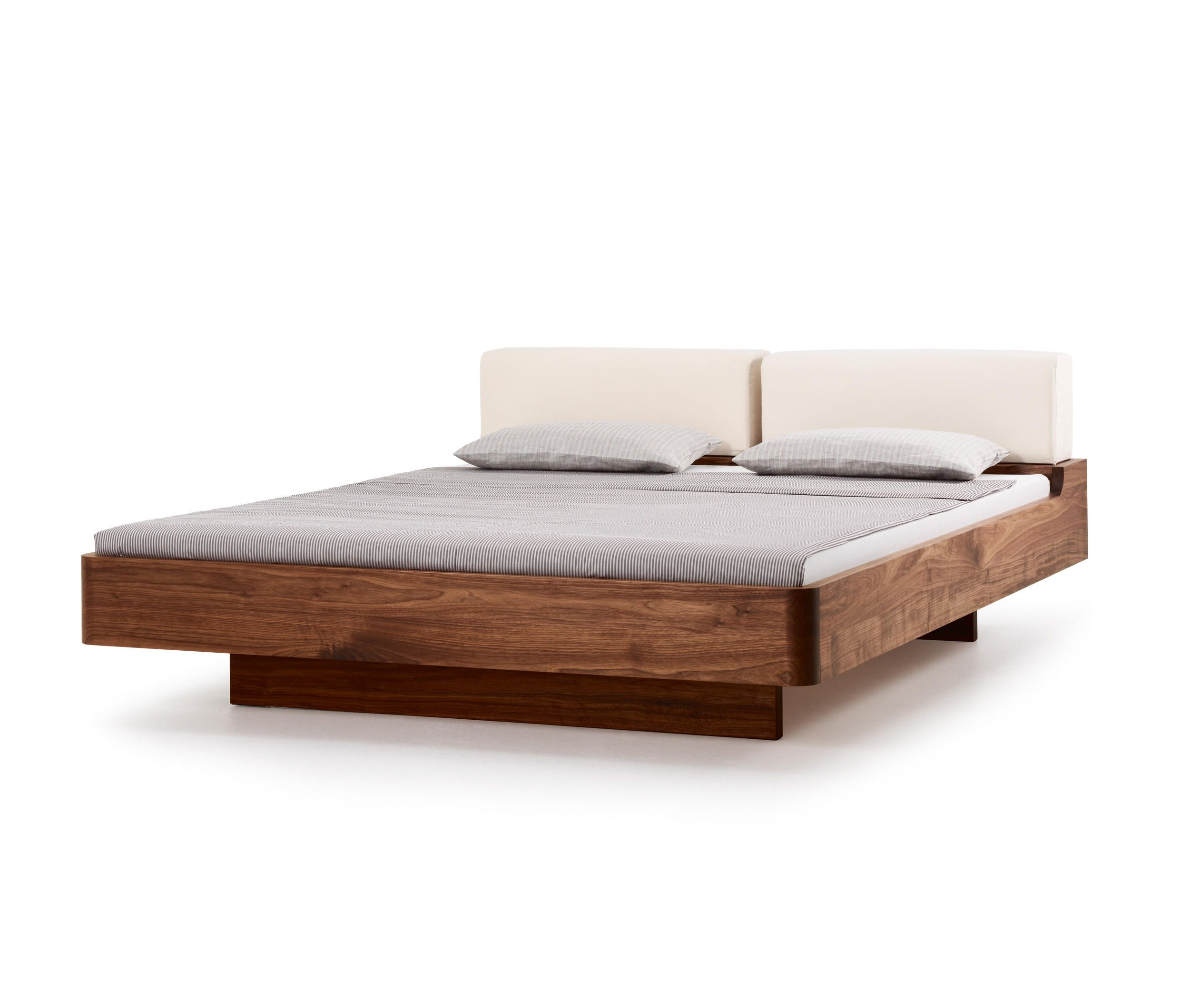 com ca bed by holzmanufaktur double beds for the home