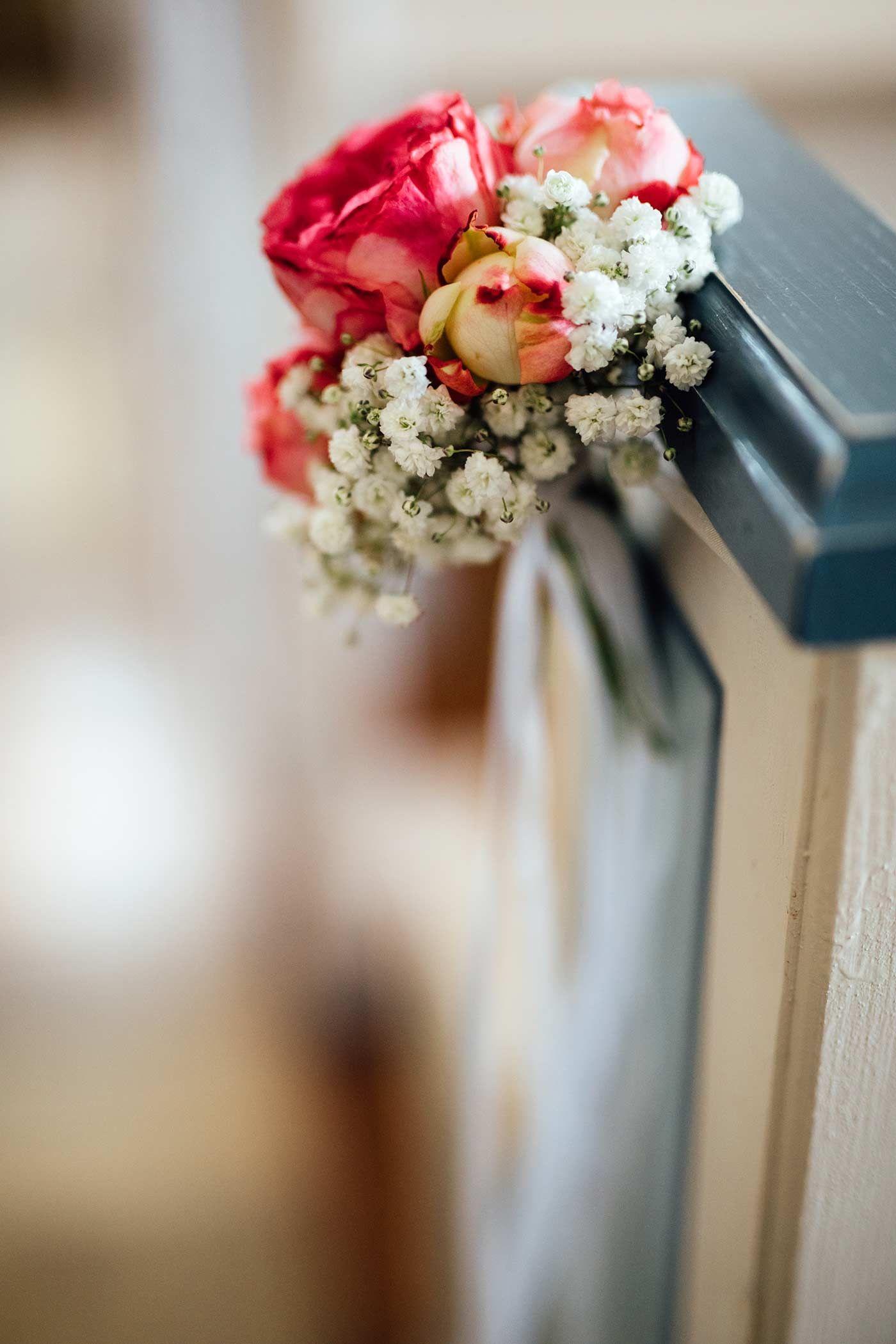Blumen Fur Die Kirchenbank Hochzeitsdeko Pinterest Wedding Und Diy
