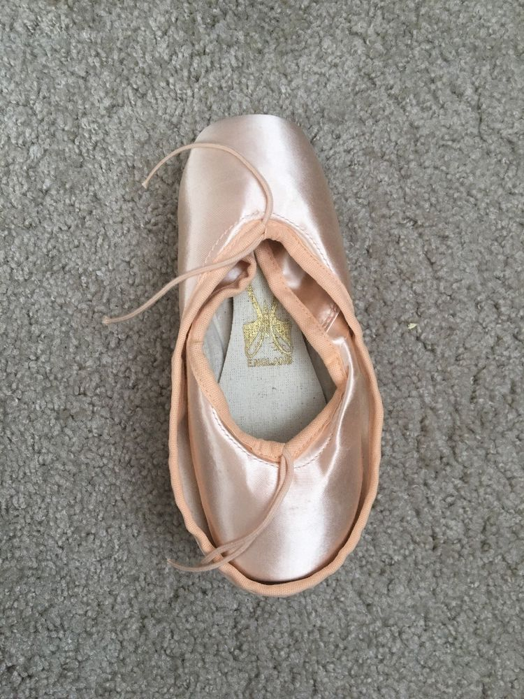 2X /'F/' Maker Custom Pointe Shoes FREED OF LONDON Specials
