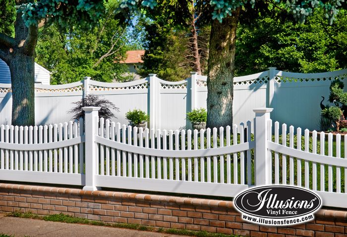 Need A Curved White Vinyl Picket Fence Coolest Thing On The Market Illusions Vinyl Fence Does It Again Curve Vinyl Fence Vinyl Picket Fence Backyard Fences