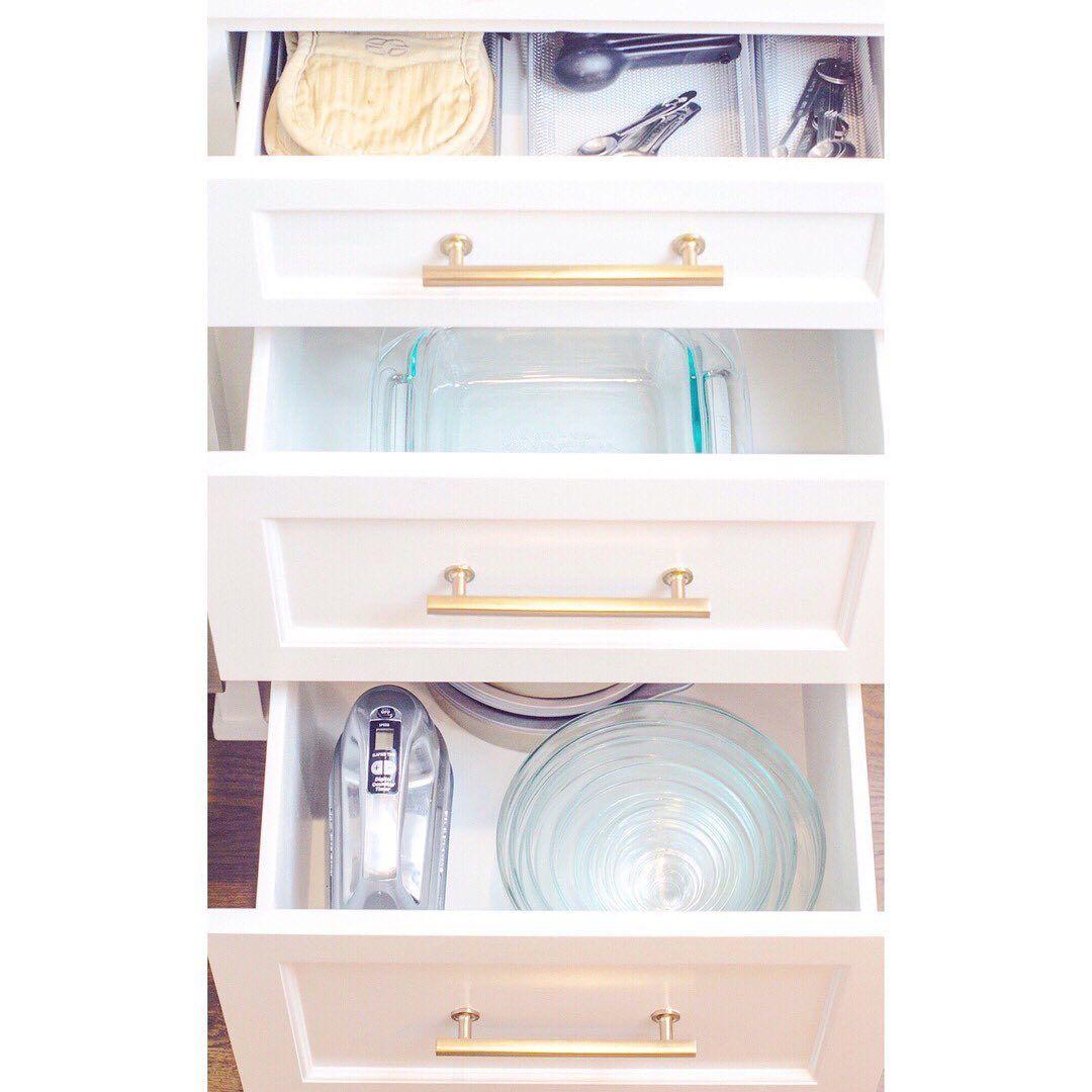 organizing simplify simplicity kitchengoals kitchencabinets foodorganization dishes on kitchen organization dishes id=35137