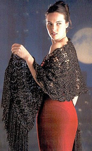 #Glossy Black Stole free crochet graph pattern Shawl for women #2dayslook #new style fashion #Shawlstyle www.2dayslook.com
