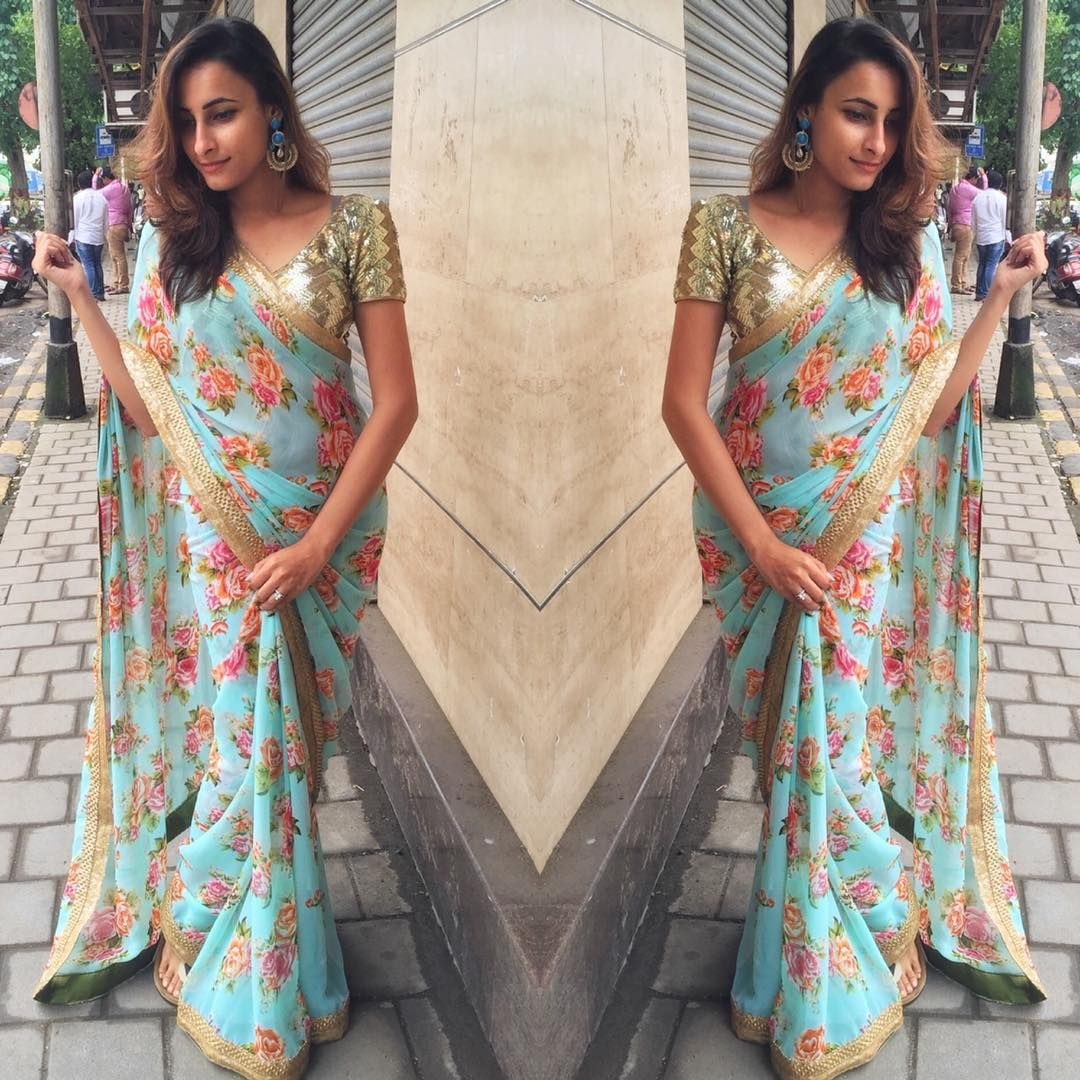 Ocean blue saree with floral print and gold lace