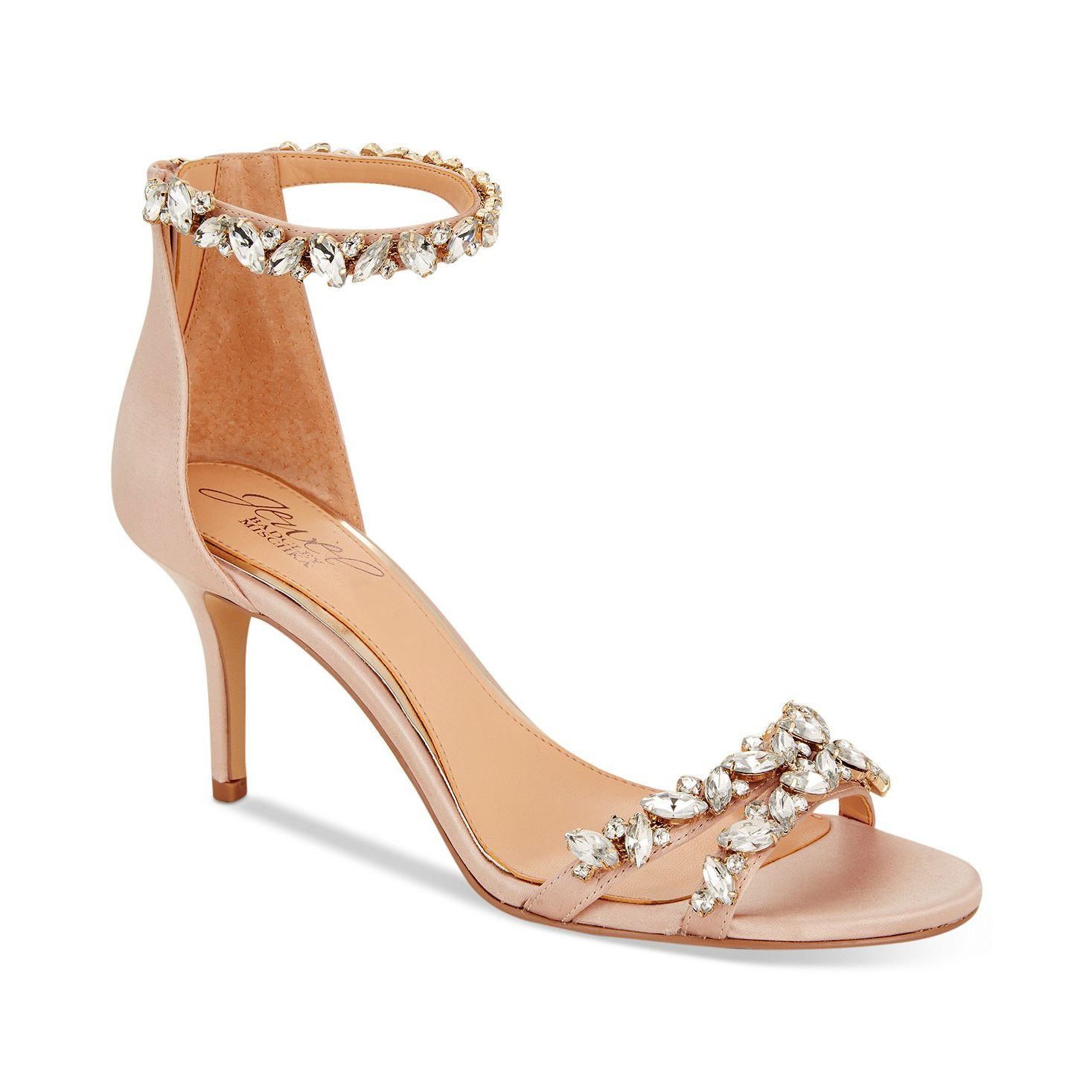 5af01c6e3a3 14 Most Comfortable Wedding Shoes to Buy Right Now   Nothing but ...