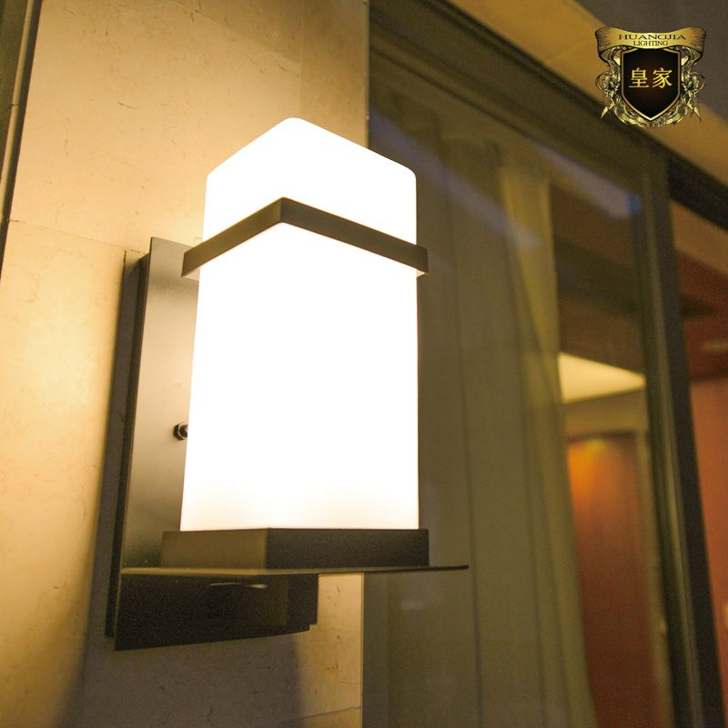 European Simple Outdoor Wall Lamp Villa Garden Waterproof