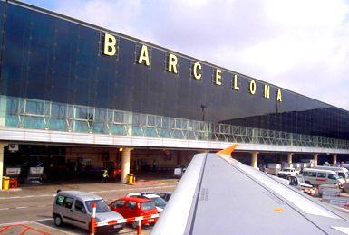 Alquilar Un Coche En Aeropuerto De Barcelona El Prat Es La Mejor Manera De Recorrer Tanto La Ciudad Como L Aeropuerto Barcelona Aeropuerto Del Prat Aeropuertos