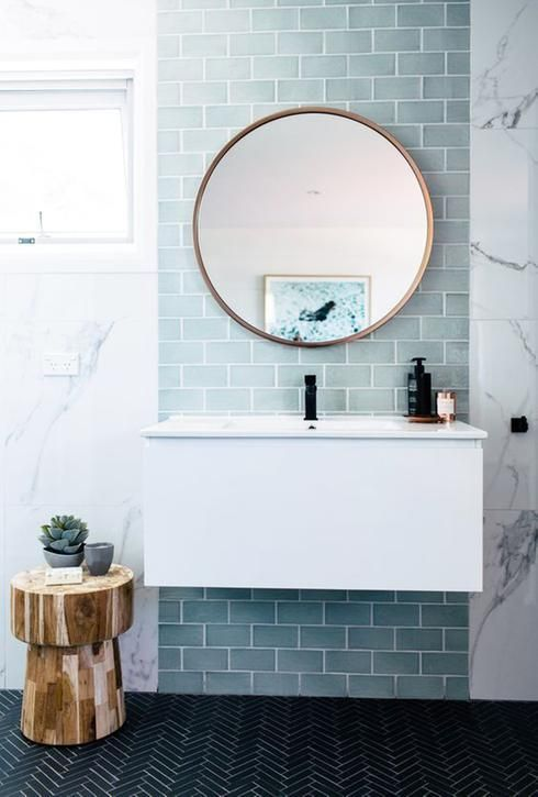 salle-de-bain-minimaliste-carrelage-metro-vert | Décoration salle de bain, Idée salle de bain ...