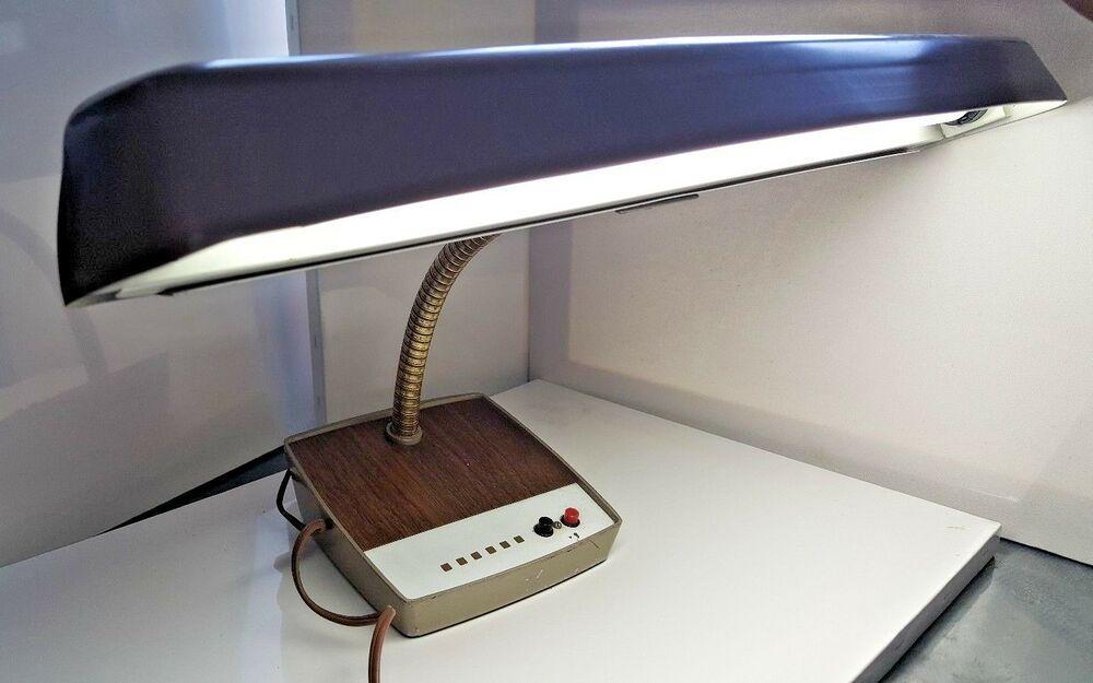 Vintage Bankers Lamp Underwriters Laboratories Portable