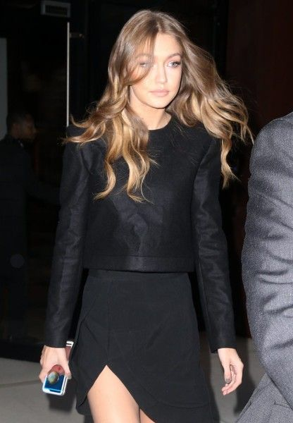 Gigi Hadid Photos Photos - Model Gigi Hadid is spotted out and about in New York City, New York on November 2, 2016. It was recently revealed that Gigi's 23-year-old boyfriend Malik suffered from an eating disorder during his One Direction days. - Gigi Hadid Out And About In NYC