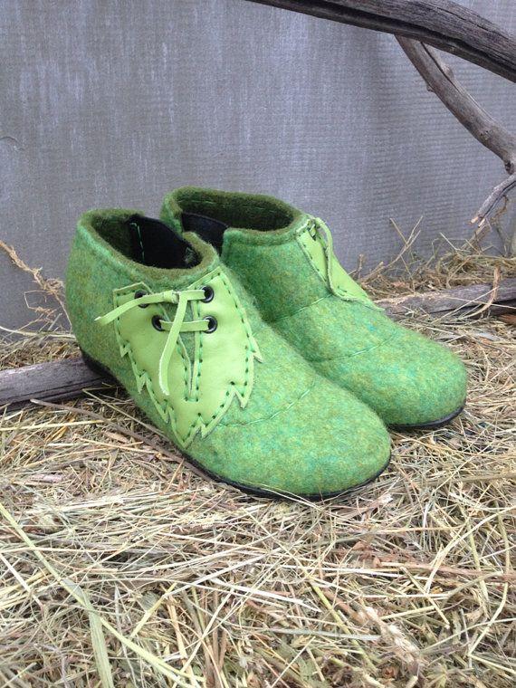 Semelles en chaussures-laine-caoutchouc par FeltingBottega sur Etsy b83953d46e79