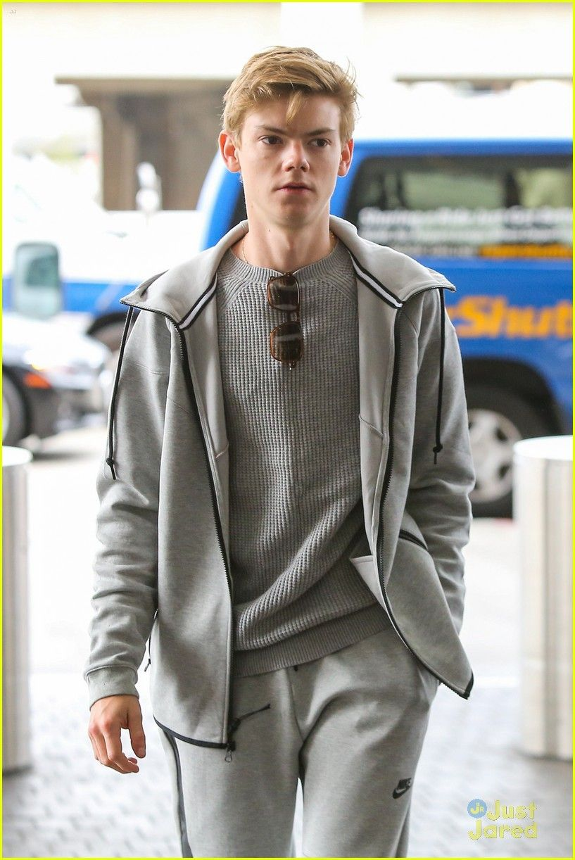 Thomas Brodie-Sangster Shares Funny Story About Lo
