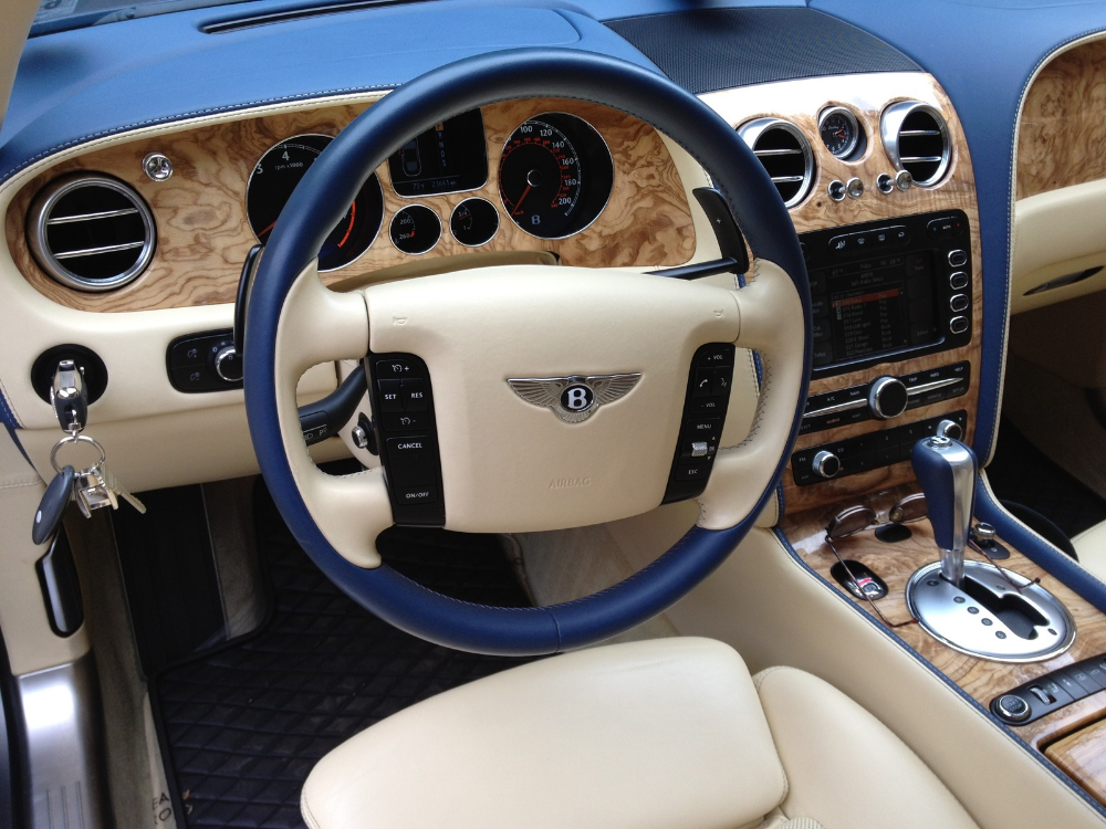 Interior Of A 2008 Bentley Continental Flying Spur Bentley Continental Bentley Autotrader