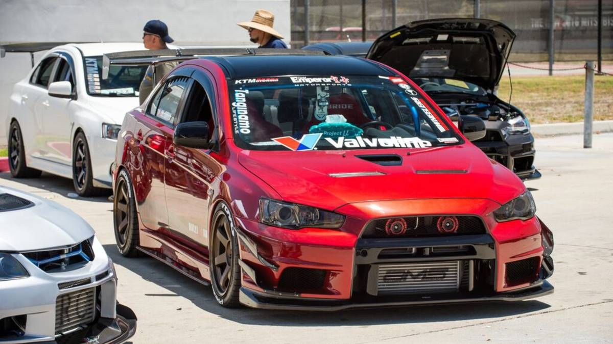 These Are Officially The Two Best Mitsubishi Evos Ever Mitsubishi Evolution Sports Cars Luxury Mitsubishi