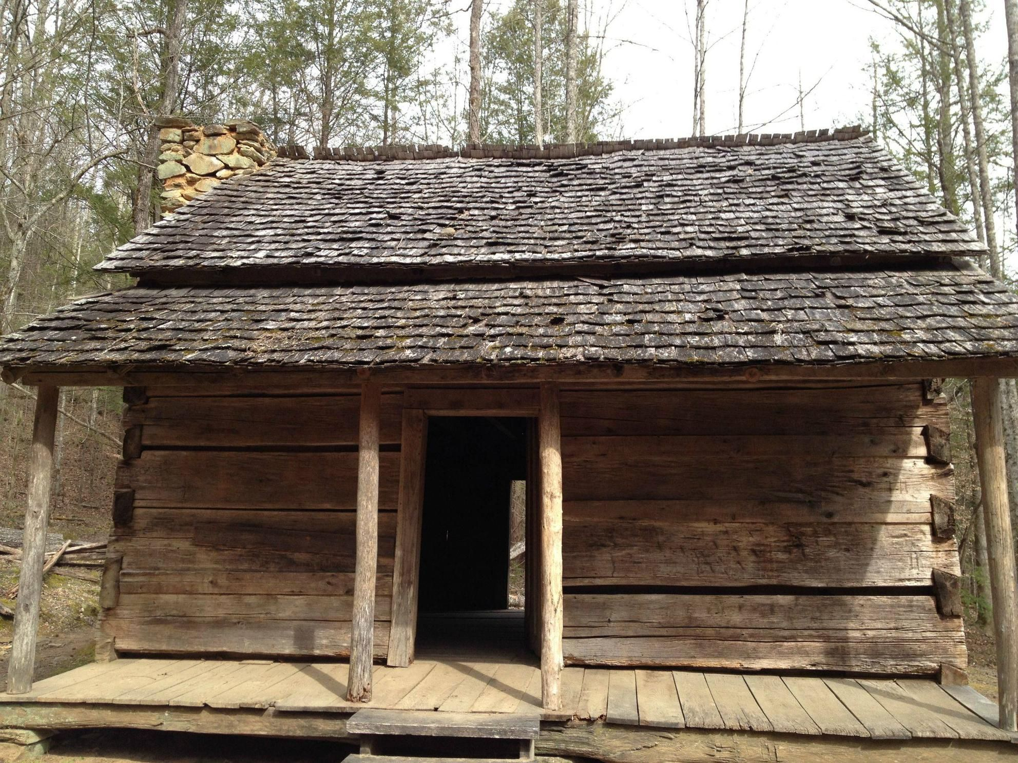 An old log cabin in gatlinburg tn awesome then and now for Rustic log homes