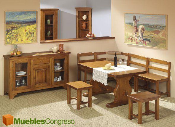Un comedor muy practico, hasta 6 personas pueden comer aqui.