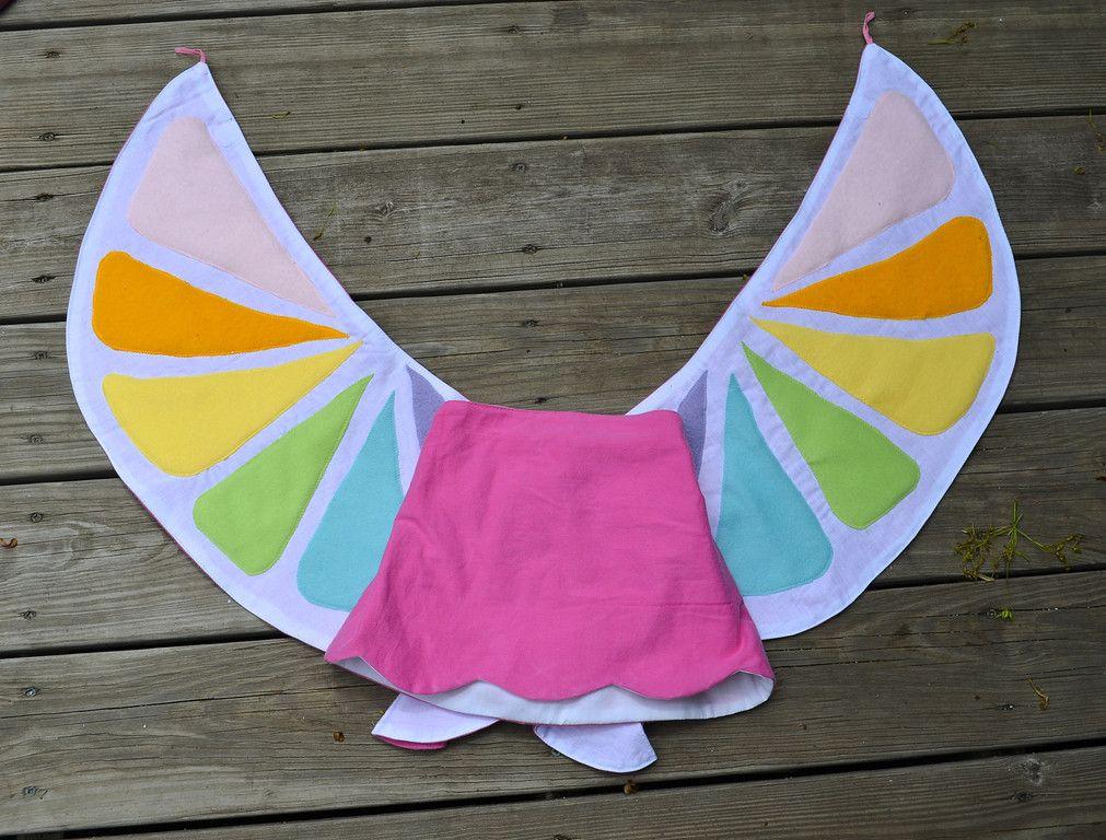 Wow ! jupe avec ailes intégrées  ikat bag: Wings - Deconstructed