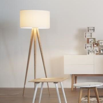 Stehleuchte TRIPOD Wood Sorgt Für Mehr Licht In Jedem Raum