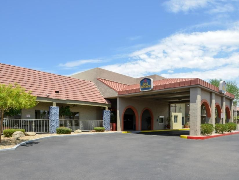 Best Western Airport Inn Best Western Airport Inn2425 S 24th Streetphoenix Az Arizona United States 85034 6806 Best Western Hotel Phoenix Az Hotels