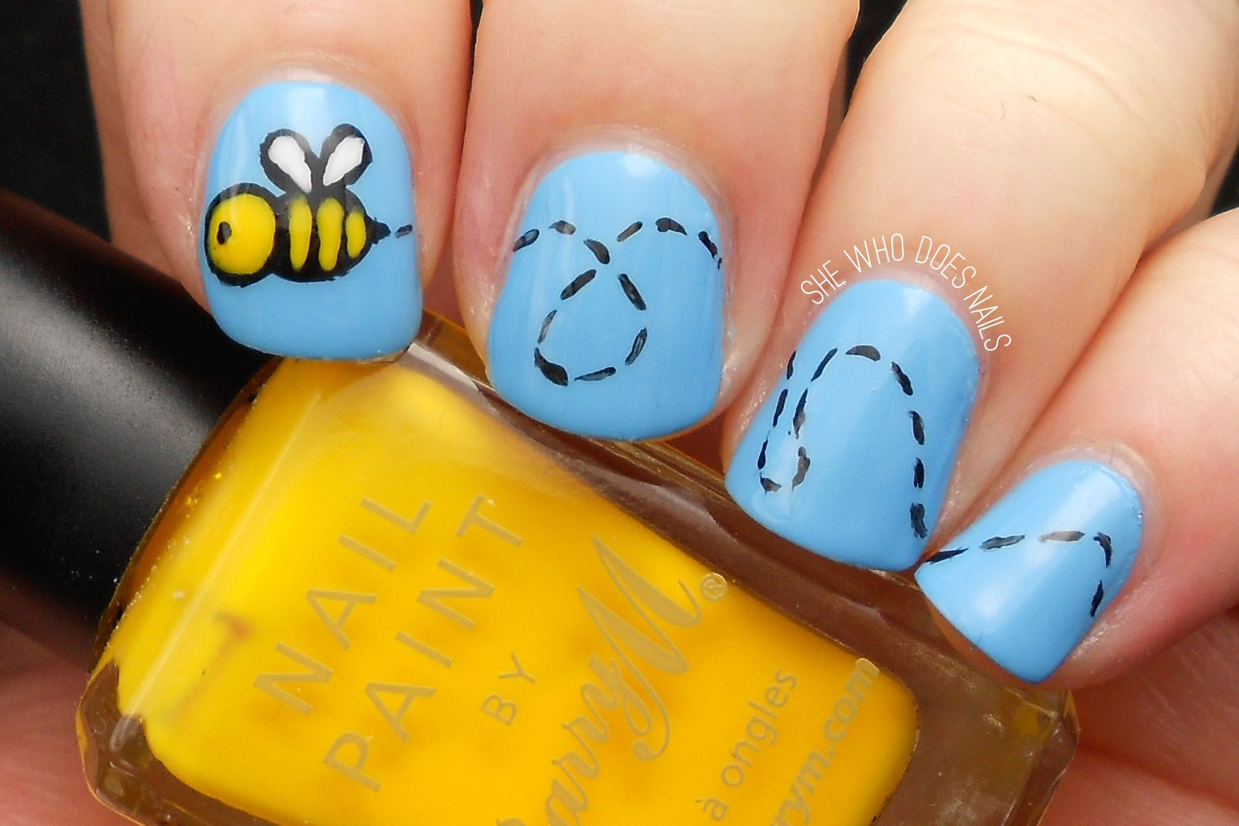 Bumble Bee Nail Art Nail Fun Pinterest Bumble Bee Nails Mani