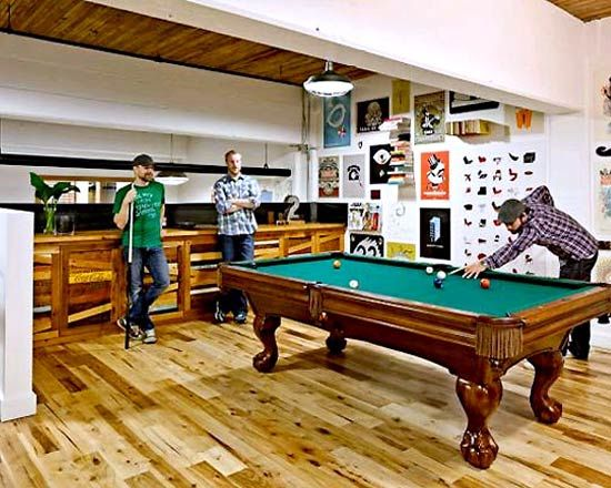 CREATIVE COOL office design with games room Architecture
