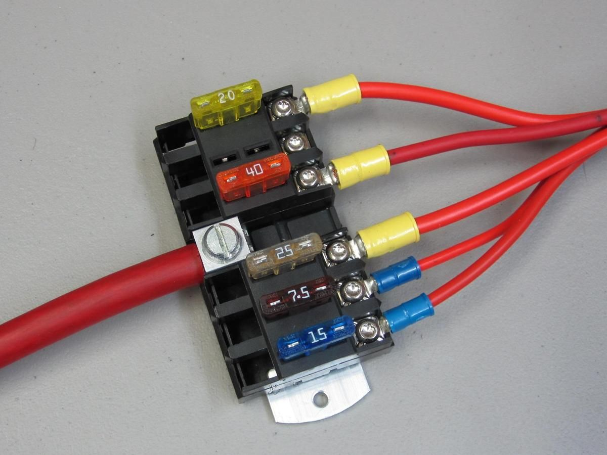 Atc Ato Fuse Panel With Power Distribution Fuse Panel Electrical Projects Electric Cars