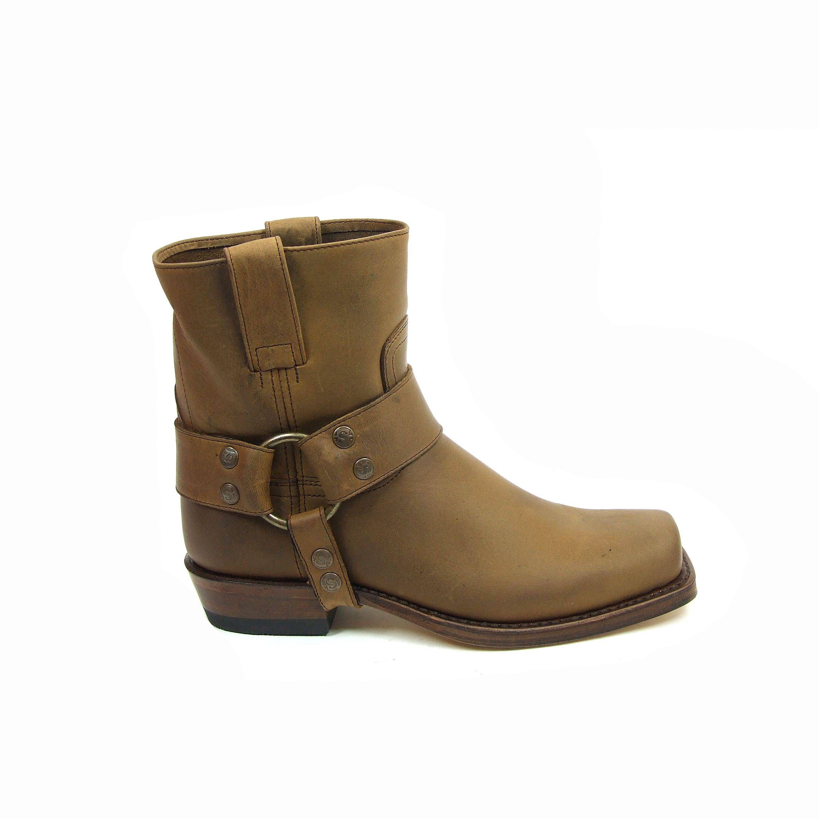Korte western laarzen van Sendra boots! Deze dames laarzen hebben rond de  enkel een leren band. Deze Sendra boots zijn kort de schachthoogte is 16 ...