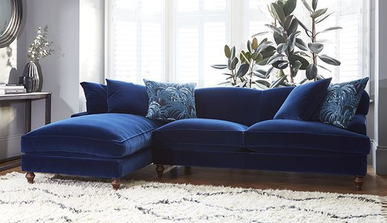 Wohndesign Wohnzimmer ~ Why you should probably buy a velvet sofa in 2017 interior
