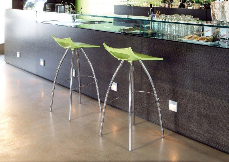 SCAB | DIABLITO http://www.chairdesk.nl/webwinkel/details/section/products_detail/kantoor/scab-hoge-kruk-diablito-80/?categories_id[1]=27 #design #chair #stool