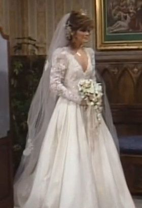 Valerie Bertinelli S Wedding Dress From One Day At A Time Such Beautiful