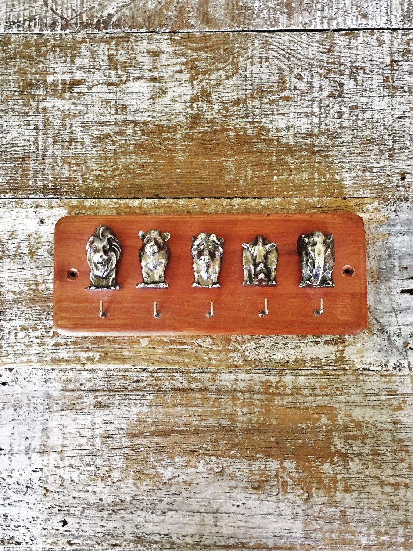 Key Hook African Animals Key Rack Folk Art Key Hook Animal Wall Hook Vintage Pot Holder Hook Unique Wall Key Rack Hanging Key Holder African Animals Key Rack Key Hooks