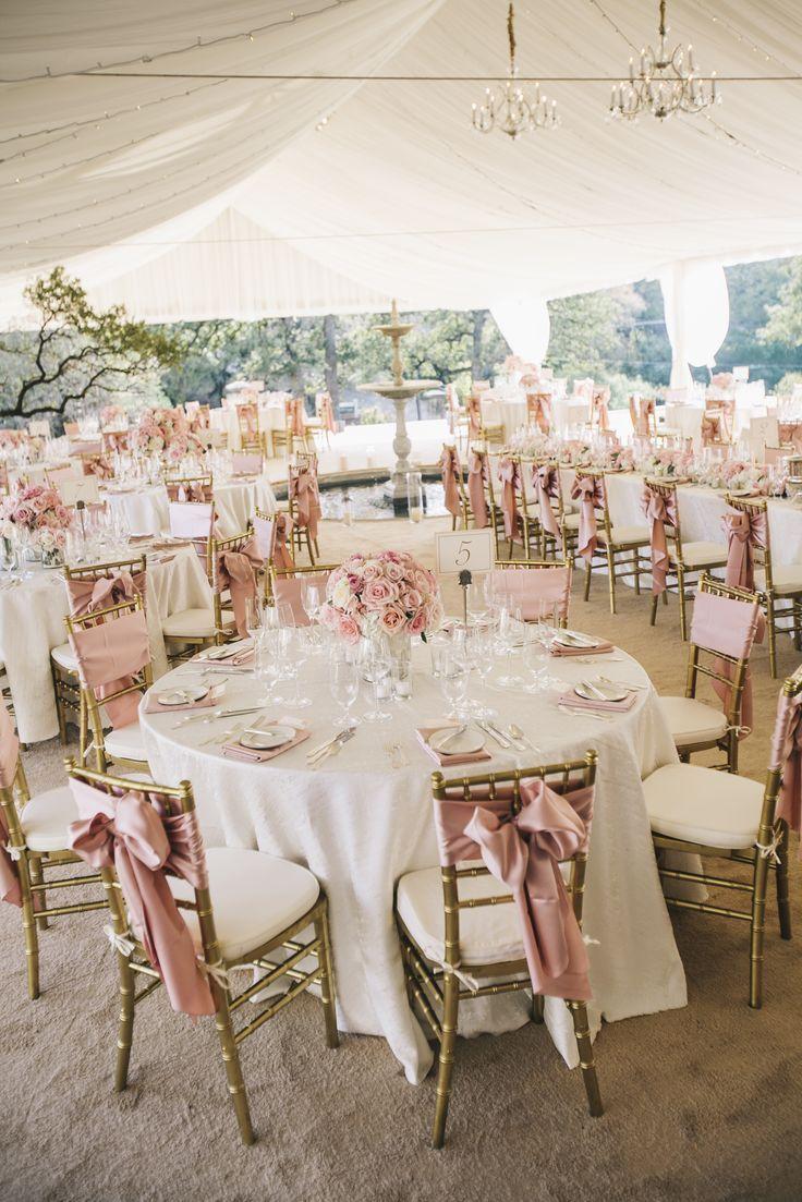 Simple wedding decoration ideas for reception  Les éléments de décoration duun mariage classique  Mariage