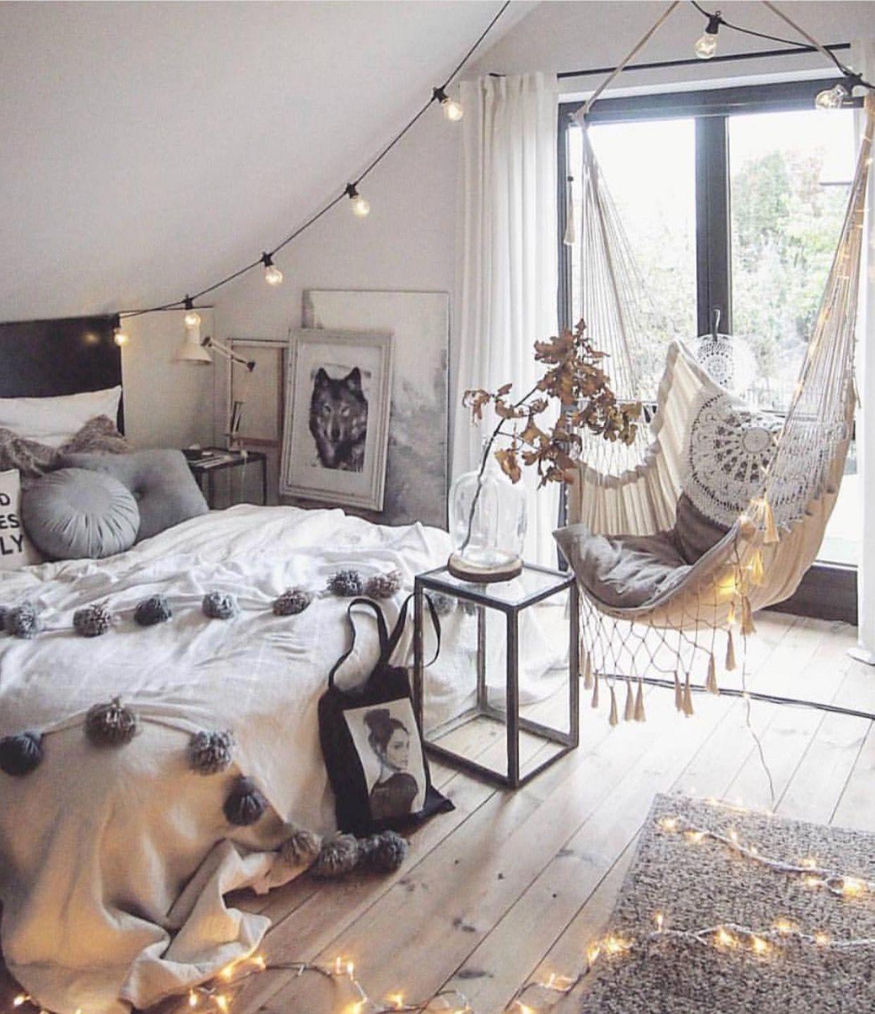 Pin de rachelanne en tumblr cozy pinterest la mas hermosa camas y hermosa - Idee deco wallpaper volwassene kamer ...