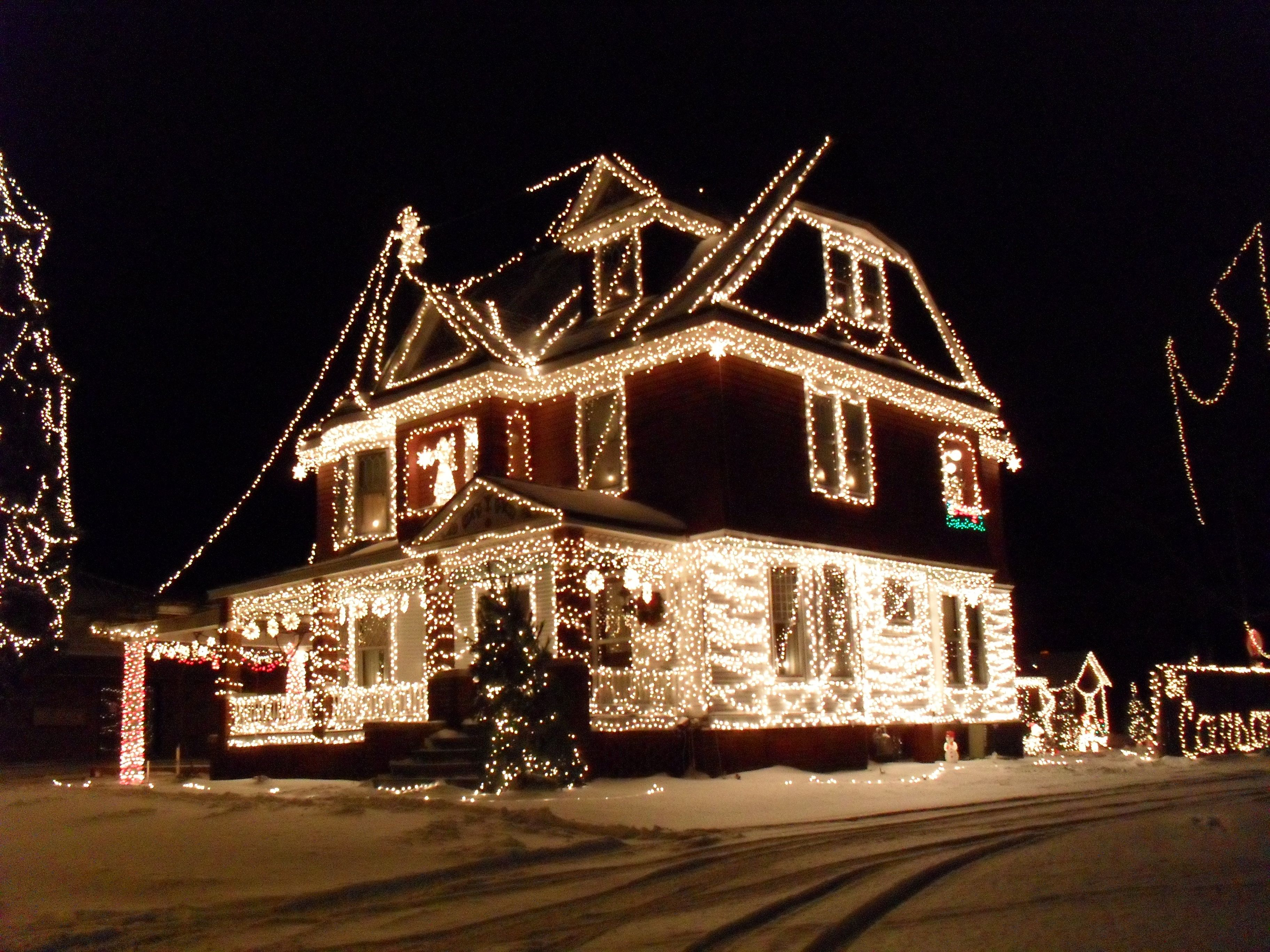 What people drive around at night during christmas to see luxury beast and biggest outdoor christmas lights at house ideas mozeypictures Choice Image