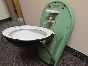 Vintage Adams Westlake Folding Train Sink